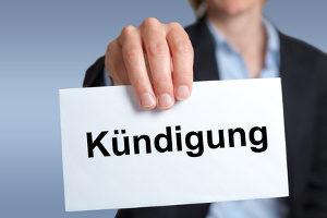 Die gesetzliche Kündigungsfrist vom Arbeitgeber ist im § 622 BGB festgeschrieben.
