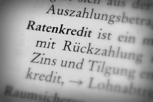 Wann es sich lohnt einen Ratenkredit zu kündigen, hängt vom Einzelfall ab.
